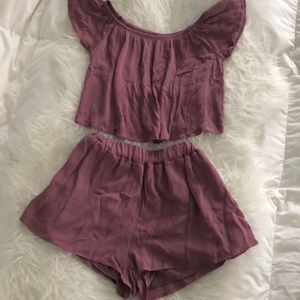 💕 NWT Blush Cropped Top/Shorts Set